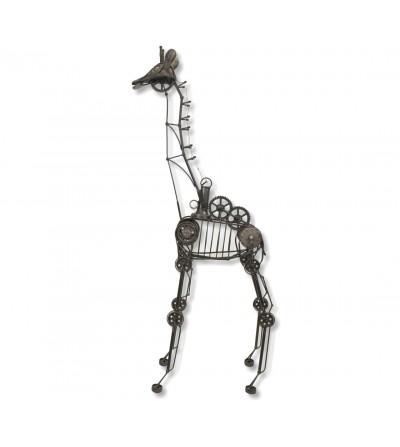 Escultura girafa de metal