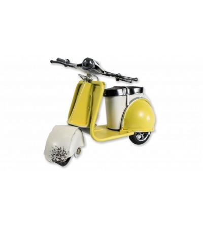 Moto Vespa decorativa amarilla