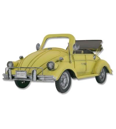 Volkswagen Beetle amarillo en metal
