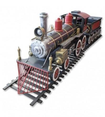 Tren metálico con vagón carbonera