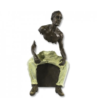 Sculpture Bruno Catalano seated man