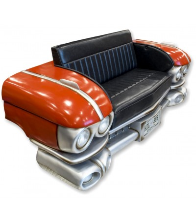 Sofá Cadillac rojo con luces