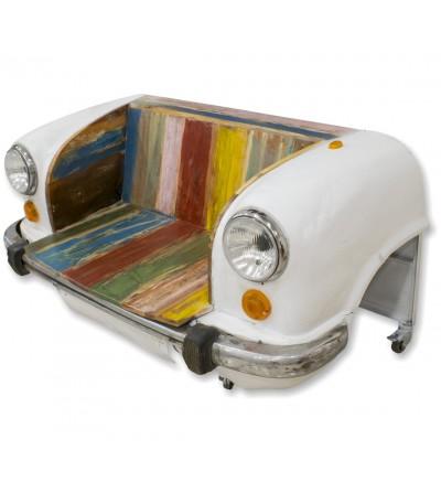 Carro industrial vintage com sofá branco
